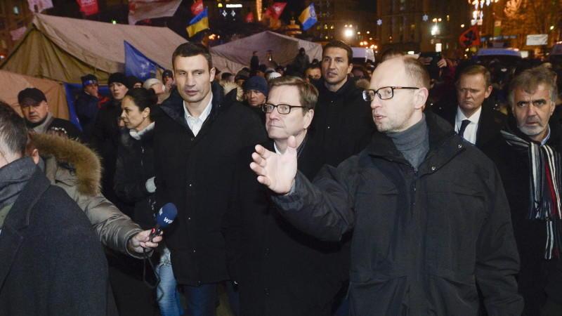 Westerwelle besucht Demonstranten in Kiew