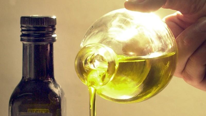 Die Lebensmittelpolizei hat in Italien Pansch bei Olivenölen festgestellt.