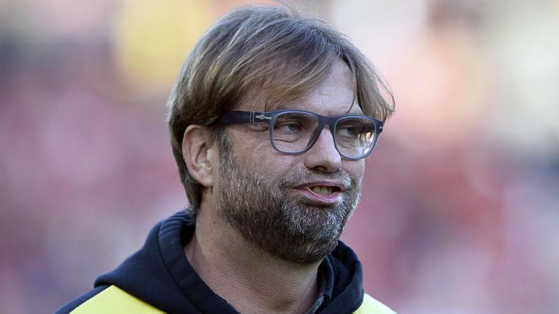 BVB-Coach Jürgen Klopp hat sich nach dem Sieg in Freiburg von seiner mitfühlenden Seite gezeigt.