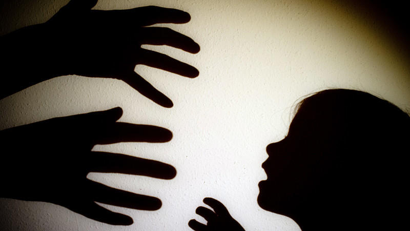 Ein Siebenjähriger ist wegen Vergewaltigung angeklagt worden.