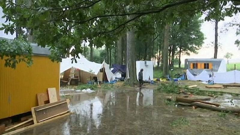 Schwere Unwetter: Gewitter verwüstet Festivalplatz in Thüringen