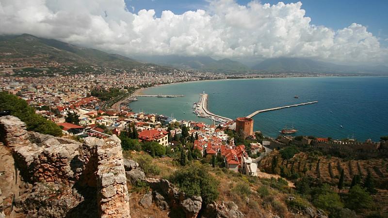 Für eine 15-jährige Deutsche wurde der Familienurlaub an der türkischen Riviera zum Albtraum.