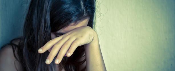 Symbolbild: Weinende Frau.
