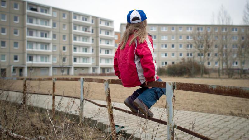 Studie: Armut stellt ein Risiko für die Entwicklung von Kindern dar.