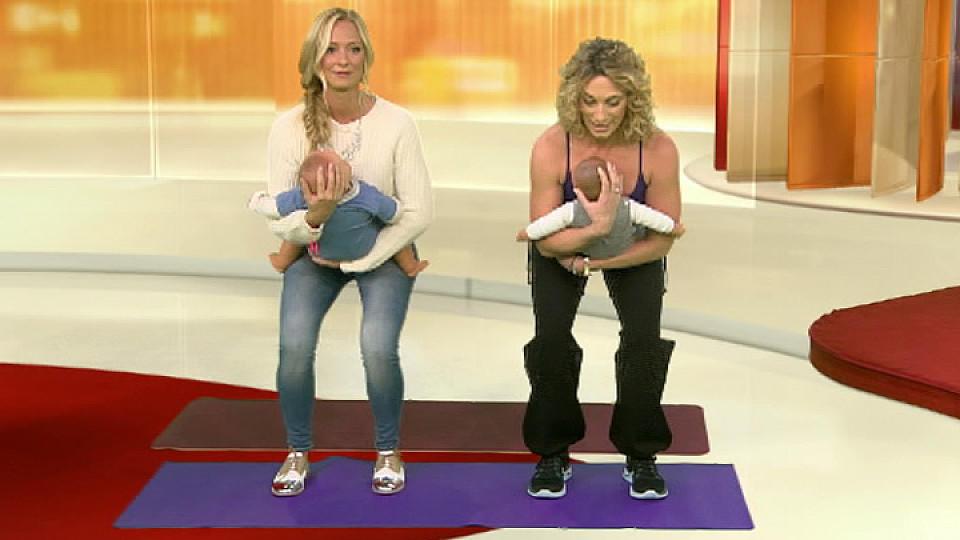 Training mit dem Baby: Rückbildungsgymnastik-Übungen für Zuhause