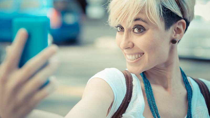 Fast wie mit einer Profi-Kamera: Smartphones machen immer bessere Bilder.