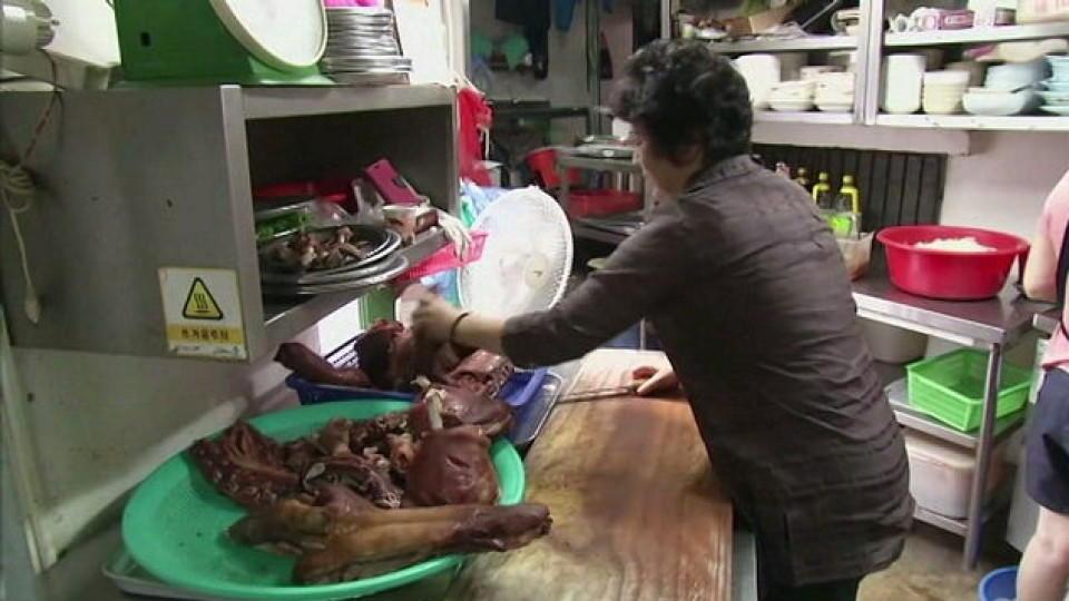 Oh Keum-il in ihrem Hundefleisch-Restaurant in Seoul.