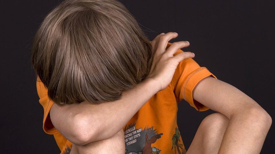 Gewalt gegen Kinder: Mehr als 13.000 Kinder wurden im Jahr 2017 in Deutschland vergewaltigt oder auf andere Art sexuell missbraucht, mehr als 4.000 wurden schwer misshandelt