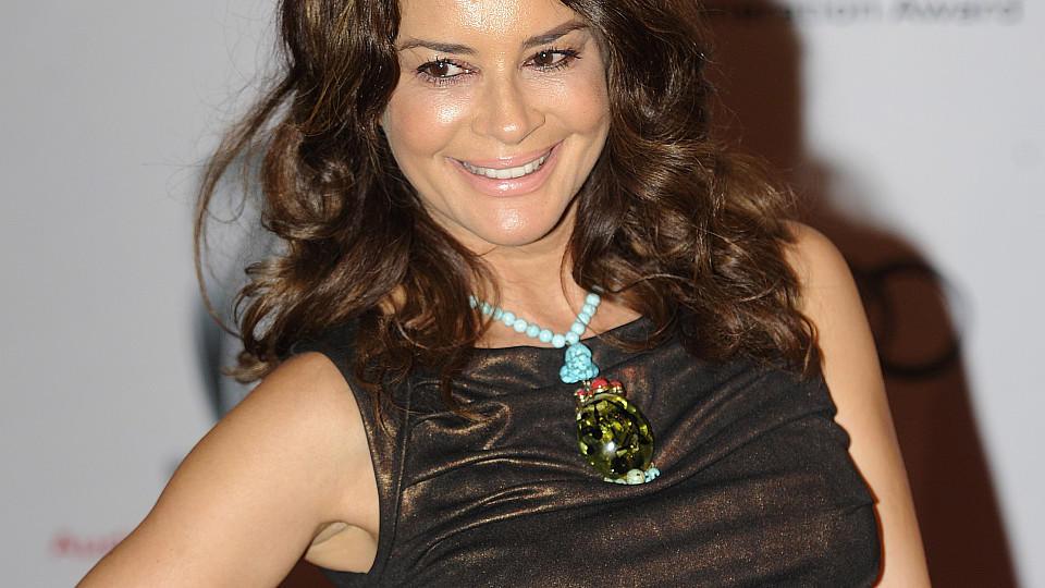 Gitta Saxx ließ sich von 'RTL Exclusiv' zum Schönheits-Doc begleiten.