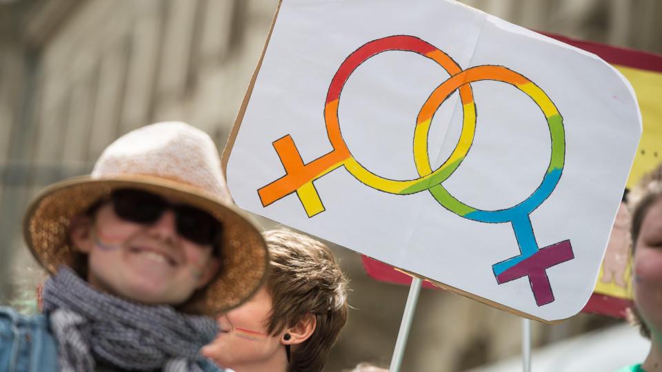 Das höchste Gericht in den USA hat entschieden, dass die Homo-Ehe in allen Bundesstaaten zulässig ist. Motivbild