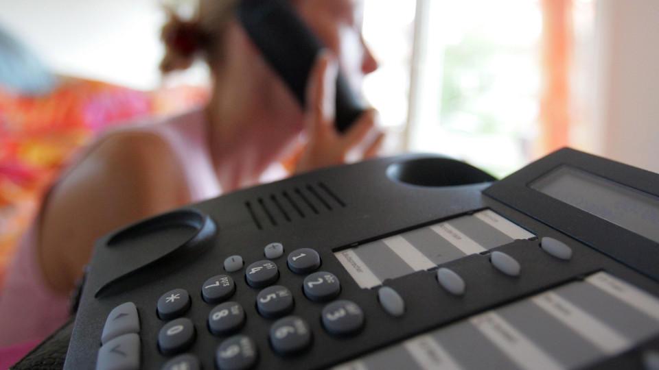 Partnersuche über telefon