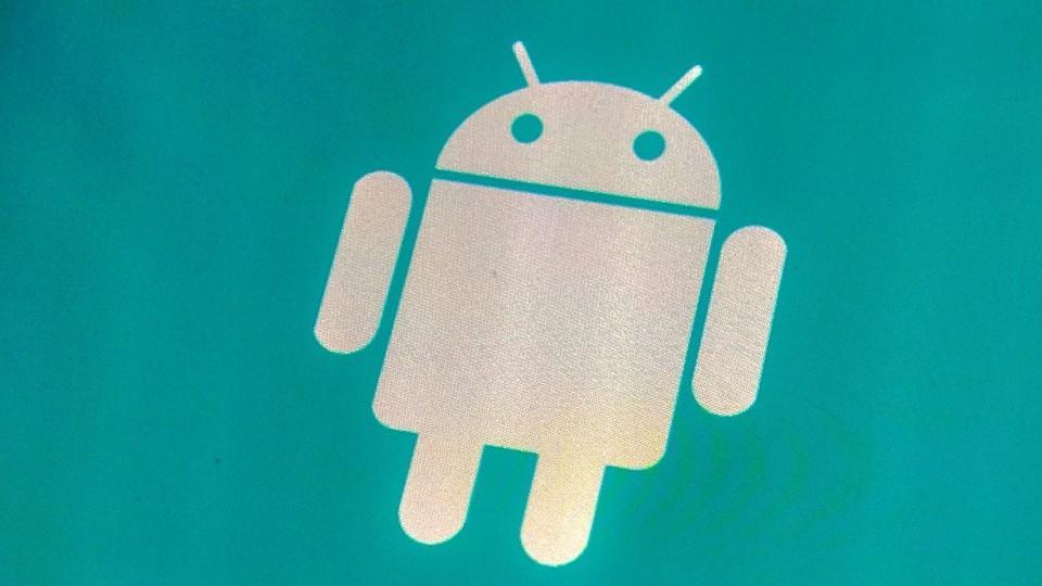 Sicherheitsforscher warnen derzeit vor einer gefährlichen Android-Malware, die sich als harmloses System-Update von Google tarnt.