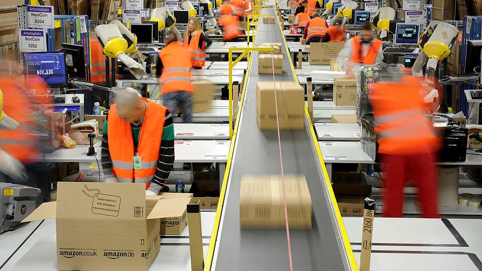Weihnachtstroubel: Amazon-Mitarbeiter bekommen Verstärkung von Saisonarbeitern.