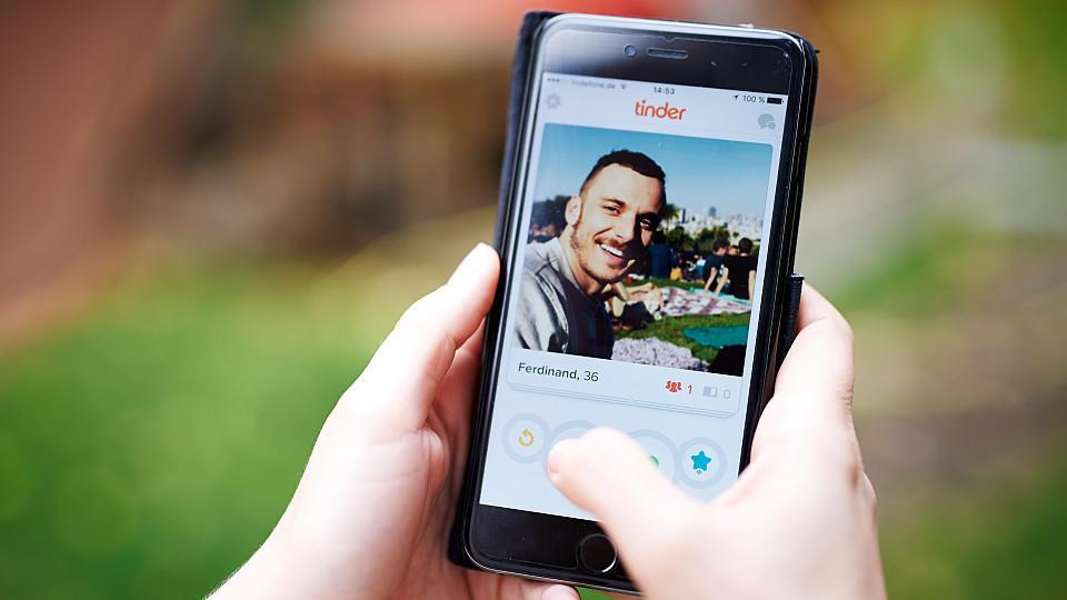 """Soziale Netzwerke - """"tinder"""""""