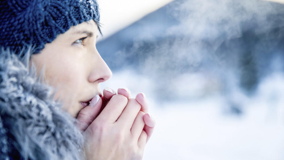 Wird die Haut der Kälte ausgesetzt, setzt der Körper Histamin frei.