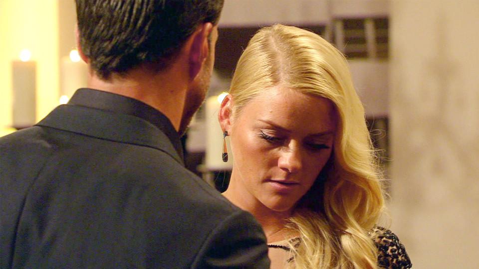 Der Bachelor 2016: Daniela ist nach Leonards Entscheidung am Boden zerstört