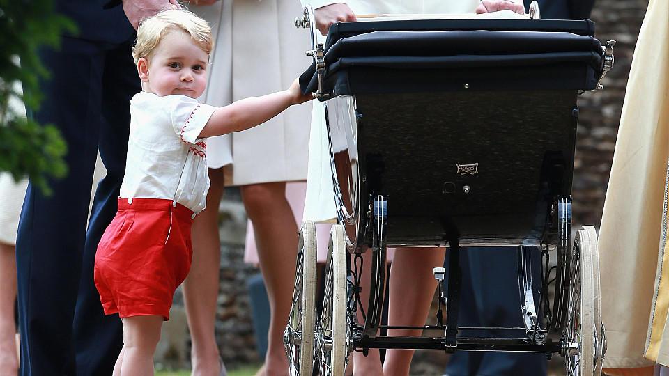 Prinz George: Wenn er nicht im Kindergarten ist, pflanzt er Bäume mit Charles