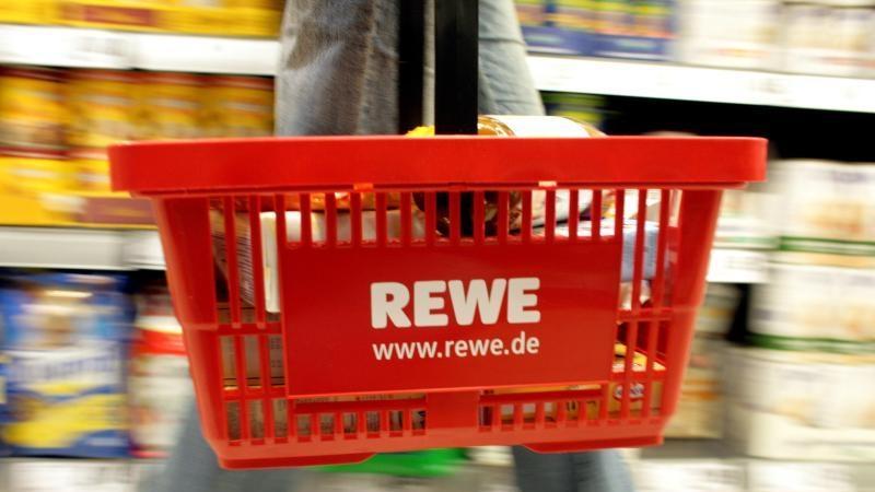 Unter anderem bei Rewe stehen die Nahrungsergänzungsmittel von Abtei zum Verkauf.