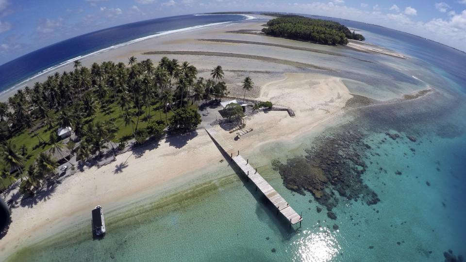 Es war eines der wenigen coronafreien Länder der Welt, aber nun sind die Marshallinseln ihre weiße Weste los.