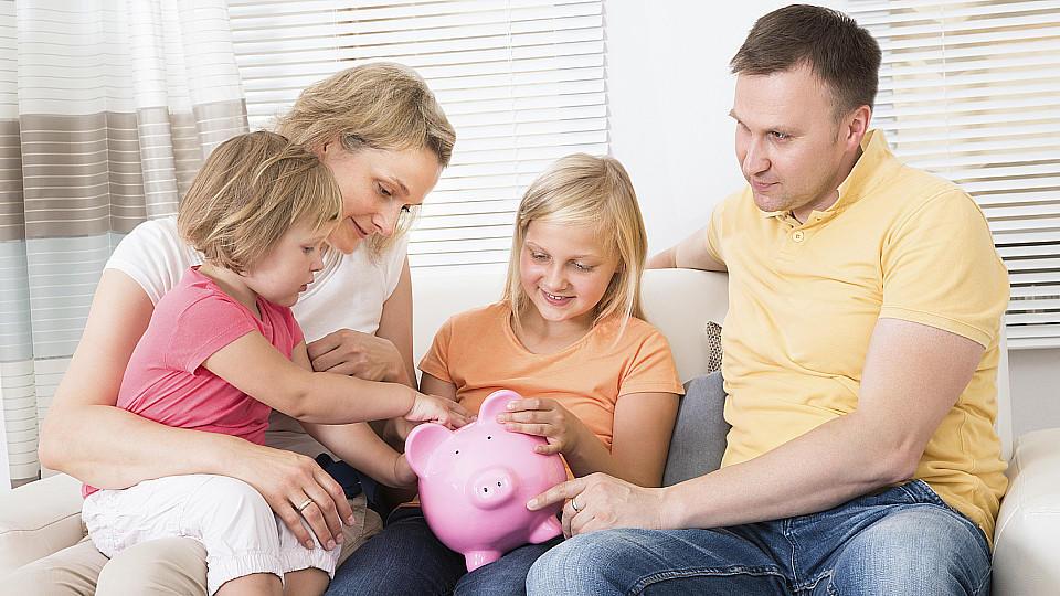 So tappen Kinder später nicht in die Schuldenfalle