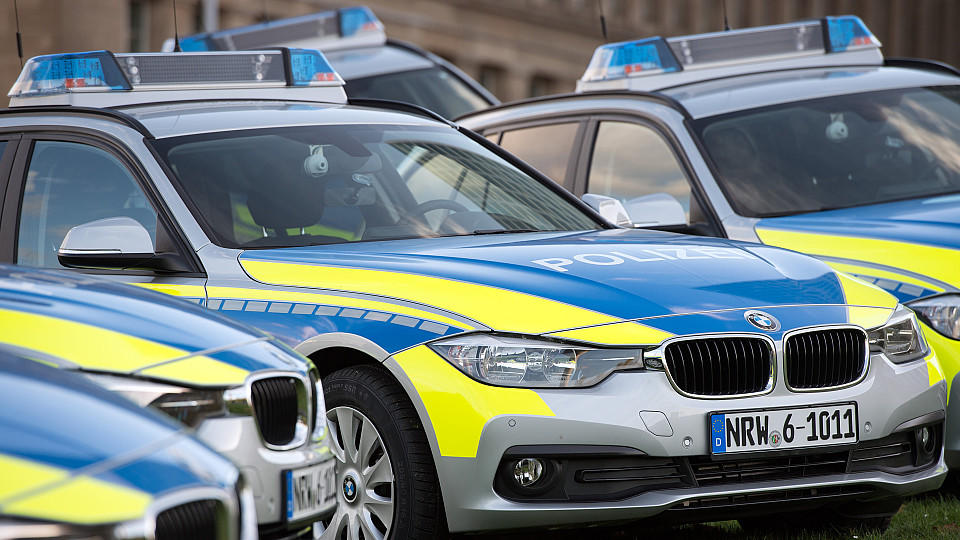 Wegen einer Panne im Rechnungswesen hat die Polizei ein NRW ein echtes Problem.