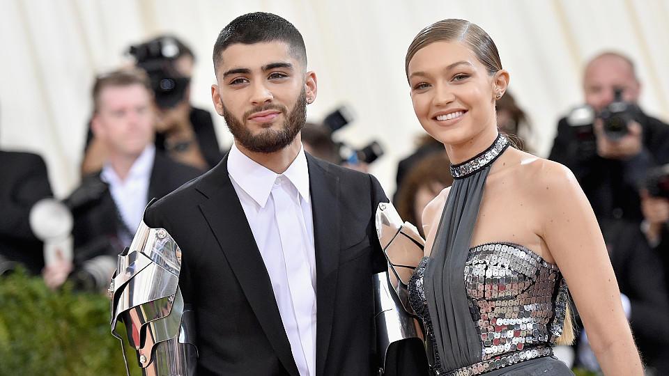 Stolze Fast-Eltern: Zayn Malik und Gigi Hadid sind zurück in den sozialen Netzwerken.