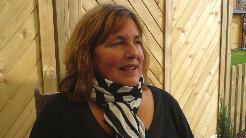 Nina de Vries ist Sexual-Assistentin