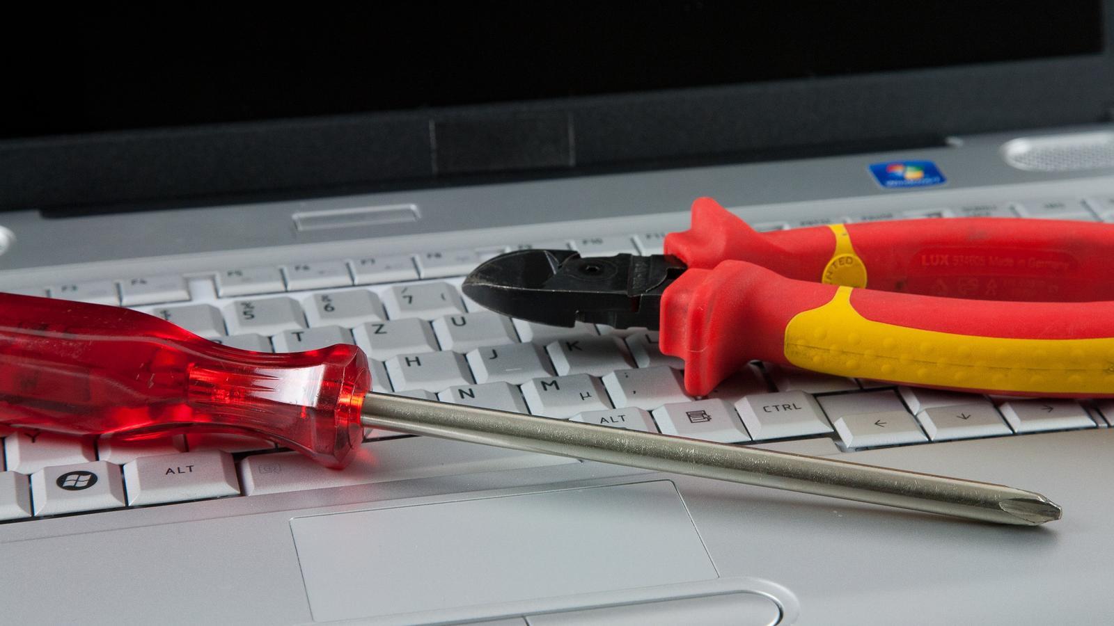 Wie oft haben Sie schon Dinge weggeschmissen, die man eigentlich noch hätte reparieren können?
