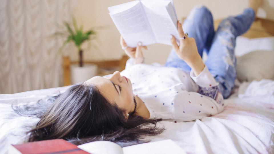 Lesen macht bei Schmuddelwetter besonders viel Spaß!