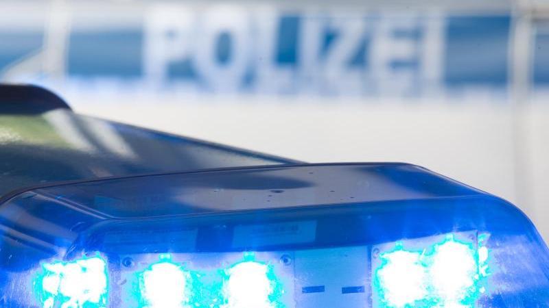 Unbekannte Jugendliche greifen Zwölfjährigen an - Polizei hofft auf Hinweise