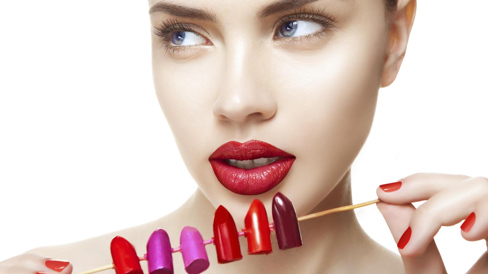 Den richtigen Ton finden - Welche Lippenstift-Farbe passt zu wem?