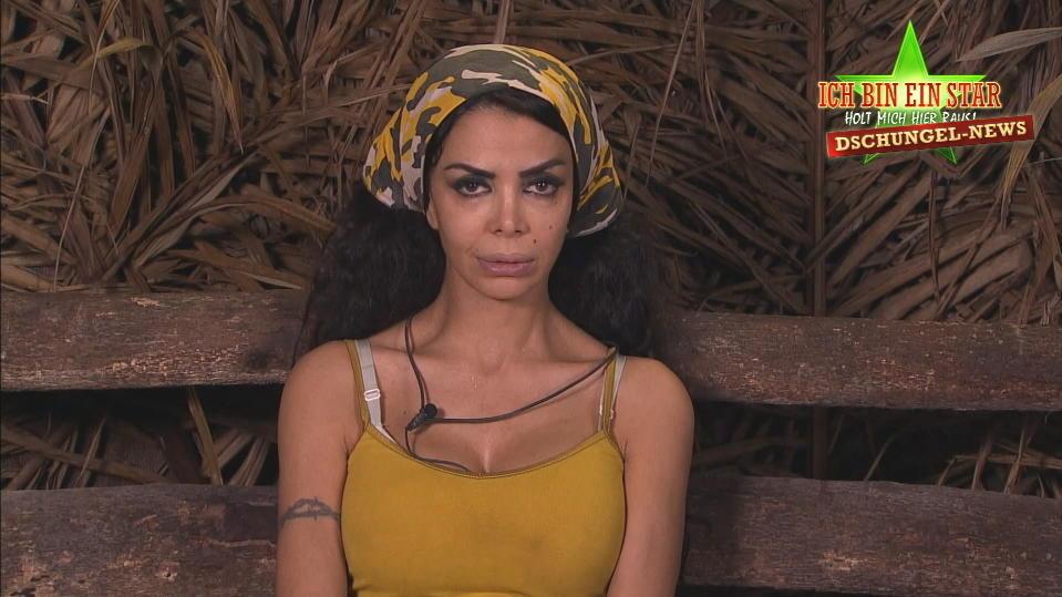 Dschungelcamp-Kandidatin Kader Loth ist am Ende ihrer Kräfte.
