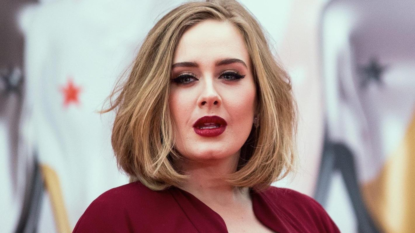 So kurvig wie früher sieht Adele heute nicht mehr aus!
