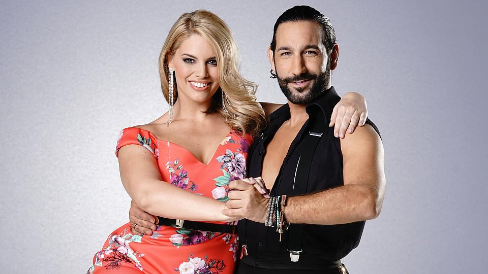 """Angelina Kirsch und Massimo Sinató tanzen zusammen bei """"Let's Dance"""" 2017."""