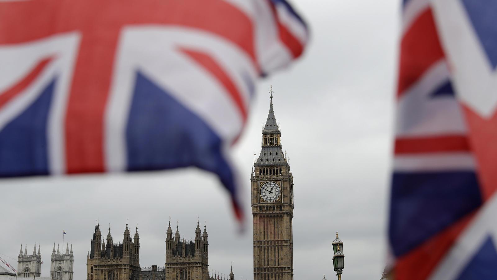 In London wurde ein noch unbekannter Star festgenommen wegen Handgreiflichkeiten gegen seine Freundin.