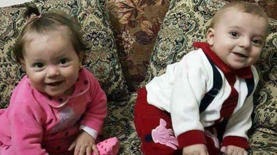 Die neun Monate alten Zwillinge Aya und Ahmed kamen bei dem Giftgasangriff auf die syrische Stadt Chan Scheichun ums Leben. (Foto: Alaa Alyousef)
