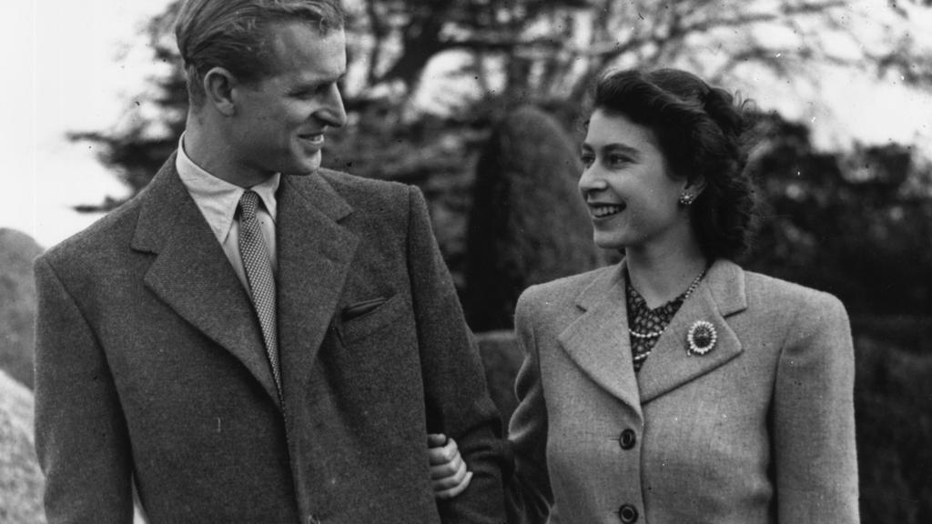 Prinz Philip und Queen Elizabeth im November 1947
