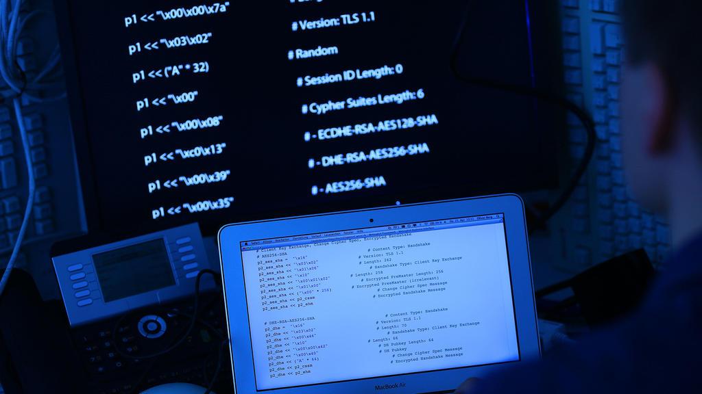 Hacker nutzen Sicherheitslücke aus