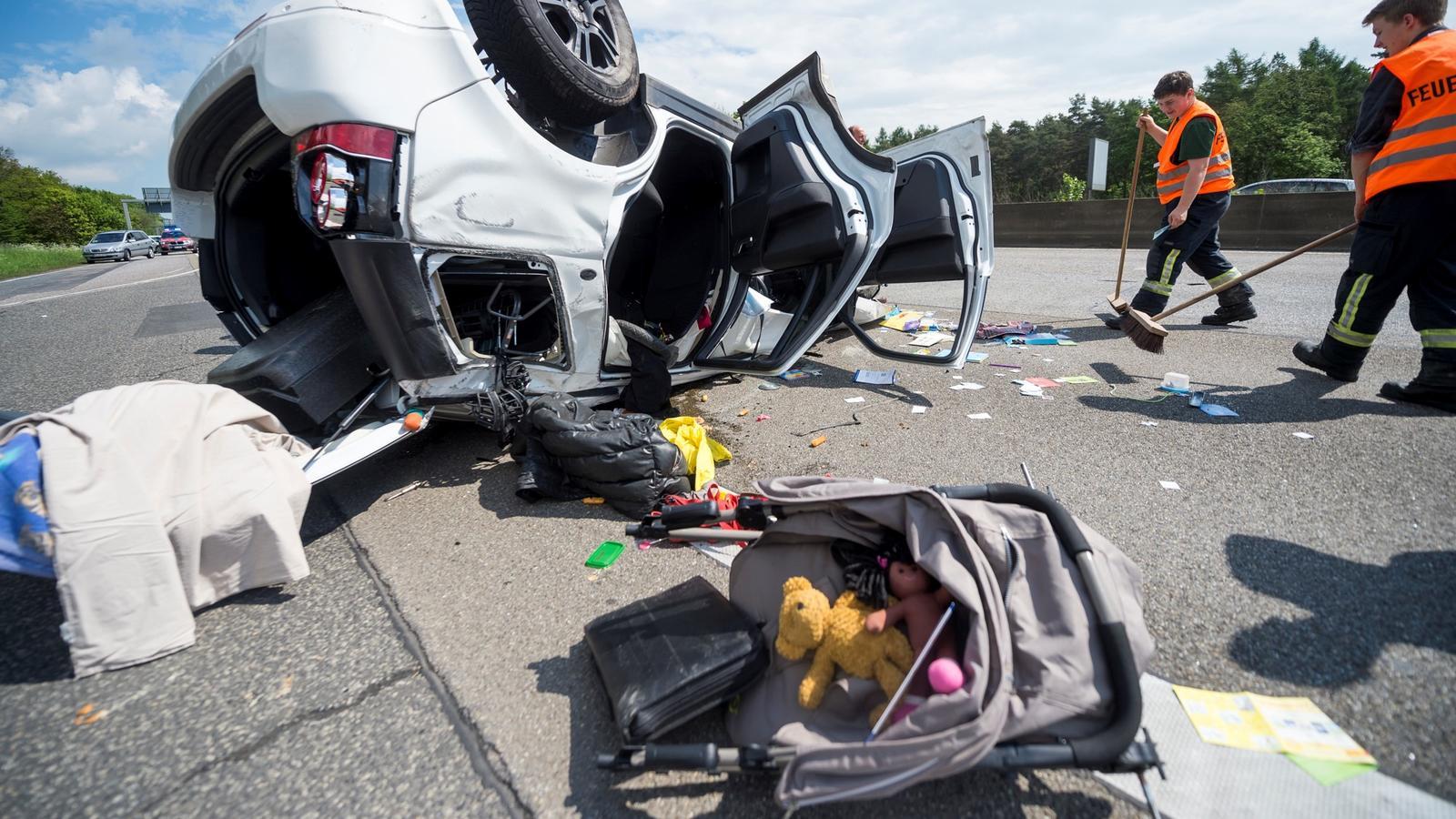 Schwerer Unfall auf der A5 bei Friedberg (Foto: Sven-Sebastian Sajak)