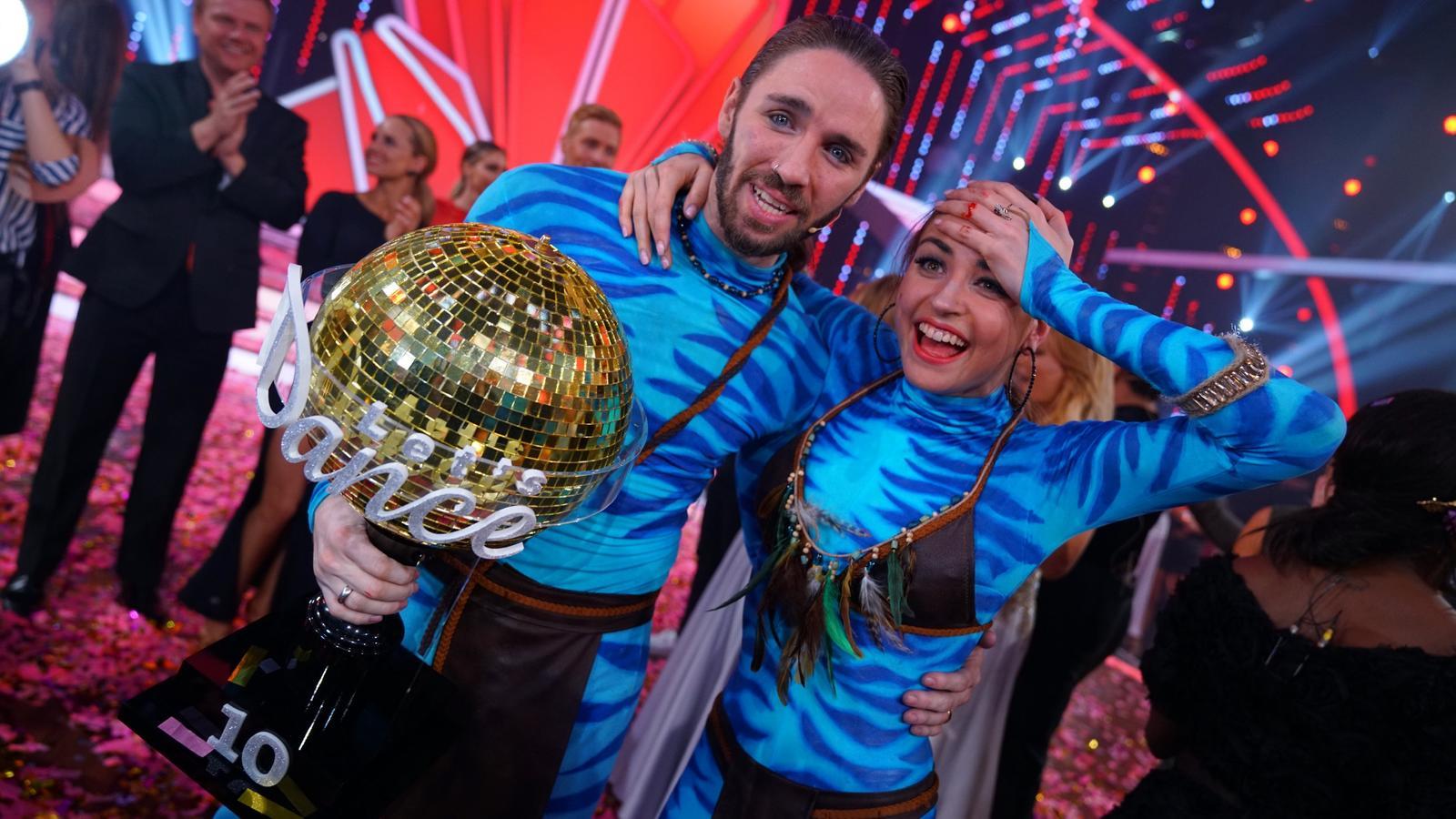 "Gil Ofarim und Ekaterina Leonova sichern sich bei ""Let's Dance"" den Titel ""Dancing Star""."