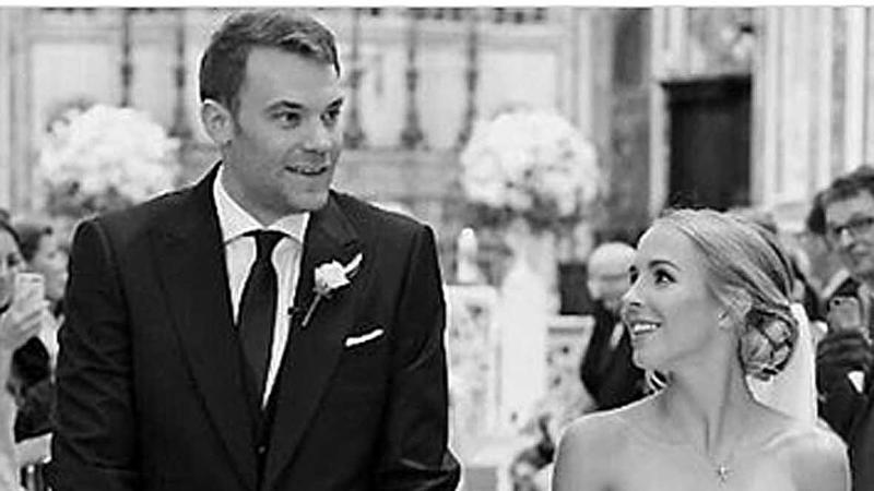 Manuel Neuer und Nina bei ihrer Hochzeit in Italien 2018.
