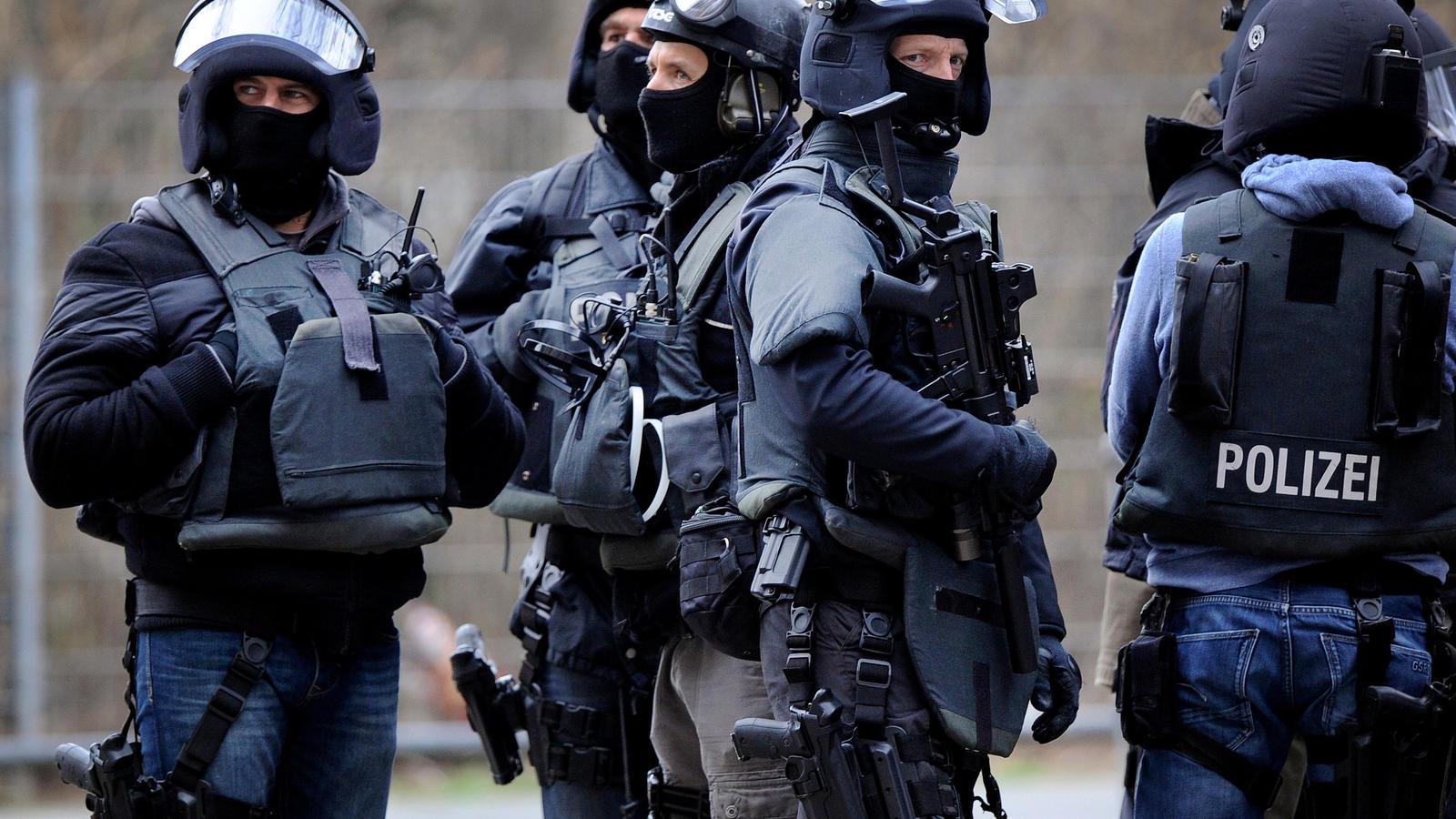 Polizeieinsatz Festnahme wegen Terrorverdachts. Foto: Symbolbild