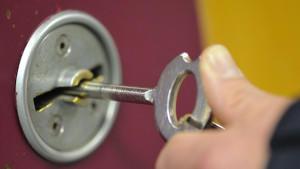 Die Schlüssel haben im Gefängnis oberste Priorität.