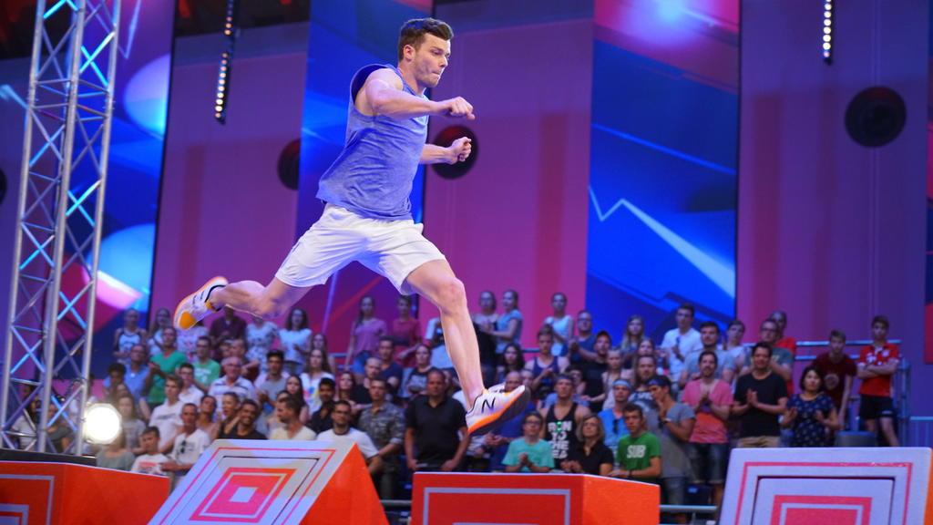 """Der Athlet Oliver Edelmann bei """"Ninja Warrior Germany"""""""