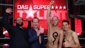 """Michael Holderbusch, Stevie Starr und Bubble Beatz (v.l.) schafften den Sprung in das große Finale von """"Das Supertalent 2010"""""""