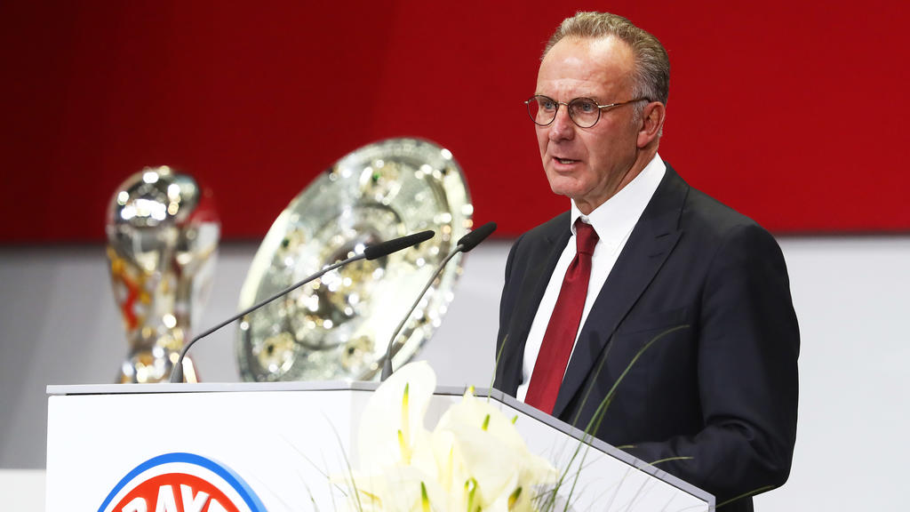 MUNICH, GERMANY - NOVEMBER 24:  Karl-Heinz Rummenigge, CEO of FC Bayern Munich during the FC Bayern Muenchen Annual General Assembly at Audi-Dome on November 24, 2017 in Munich, Germany.  (Photo by Alexander Hassenstein/Bongarts/Getty Images)
