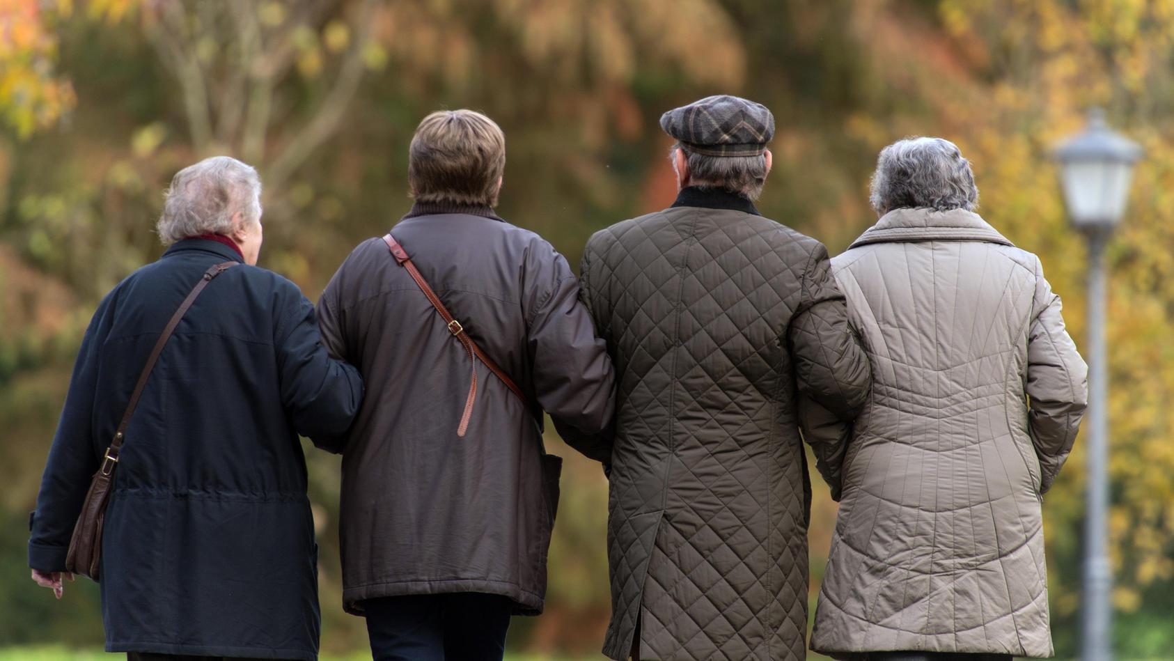 Führenden Wirtschaftsforschungsinstitute fordern höheres Renteneintrittsalter.