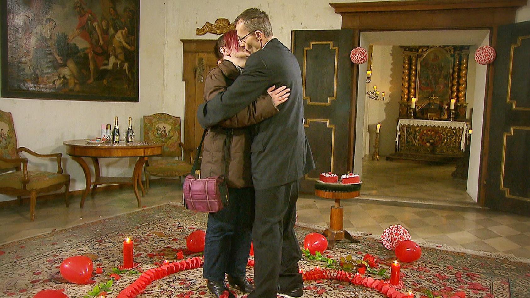 """Guido macht anke bei """"Schwiegertochter gesucht"""" einen Heiratsantrag."""