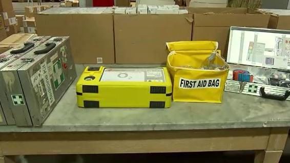 Erstehilfe-Koffer Versteigerung Air Berlin
