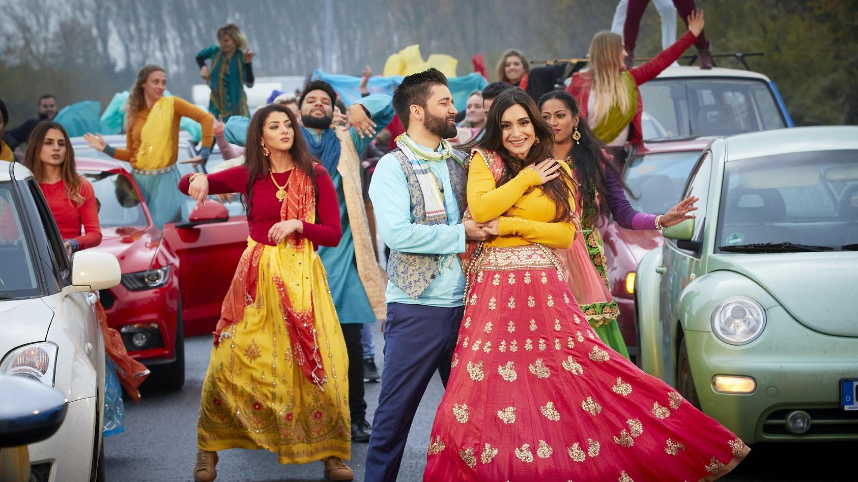 """Bollywood bei """"Alarm fürCobra 11"""": Überraschung auf der Autobahn"""